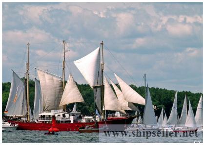 Tallship / 3- masted Staysailschooner 376 GRT